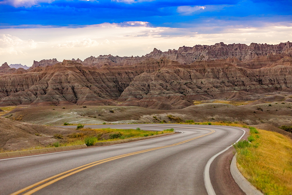 Driving and sightseeing in the Badlands National Park. - 1218-1362