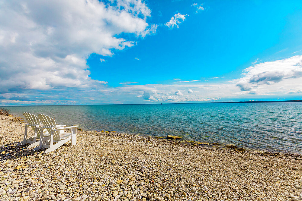 Crystal clear waters and pebbled beaches, Mackinac Island, Michigan, United States of America, North America - 1218-1394