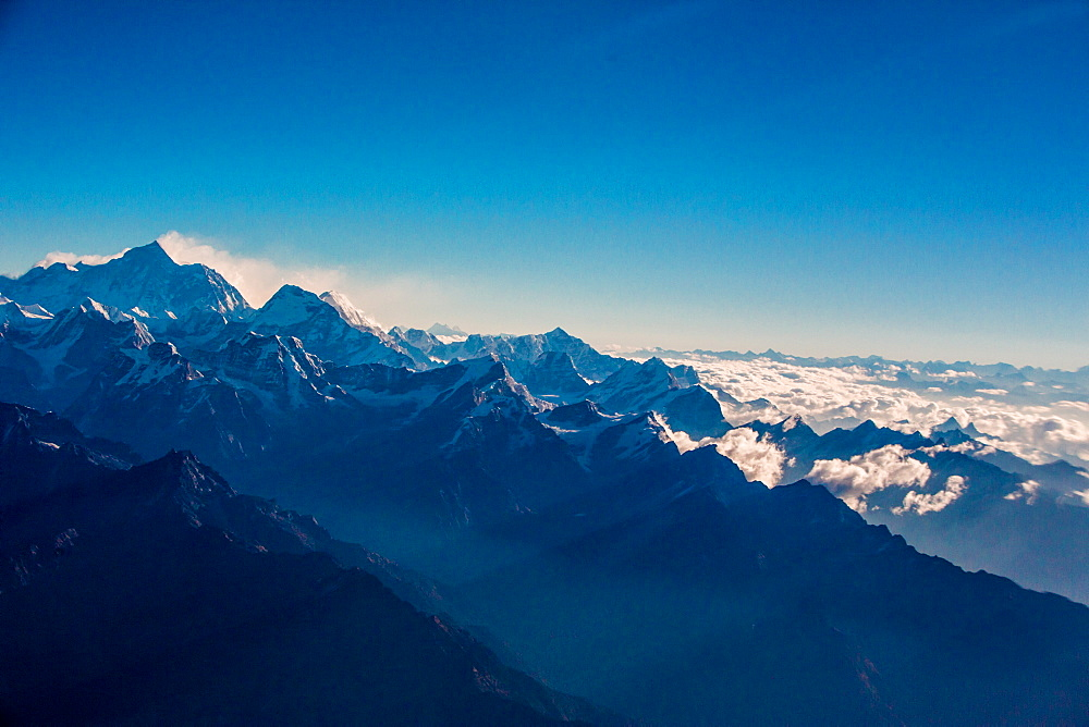 View of the skyline of Mount Everest and the Himalayas, Nepal, Asia