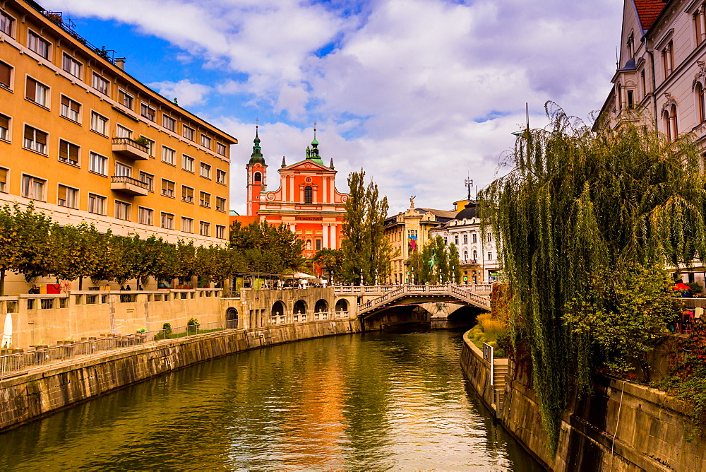 Ljubljana, the capital of Slovenia. - 1218-556