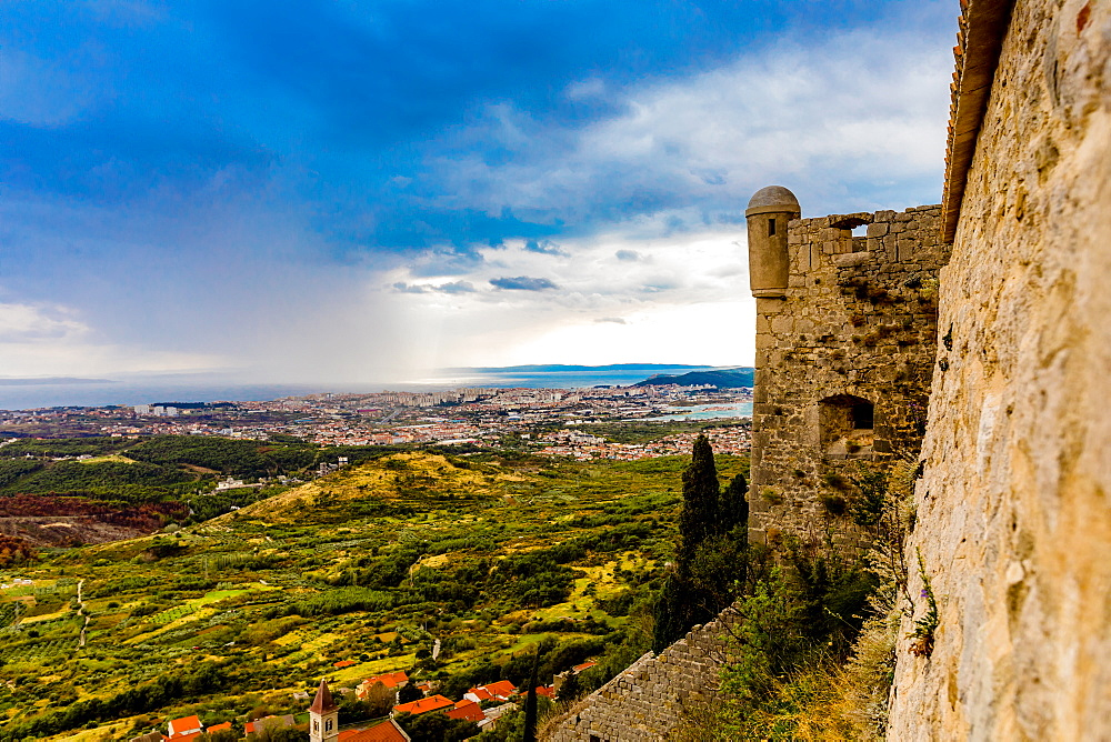 Views from the Fortress of Klis, where Game of Thrones was filmed. - 1218-563