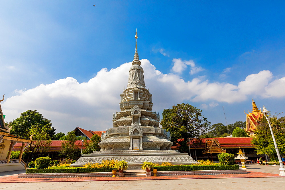 Temples at the Royal Palace in Phnom Penh, Cambodia, Indochina, Southeast Asia, Asia