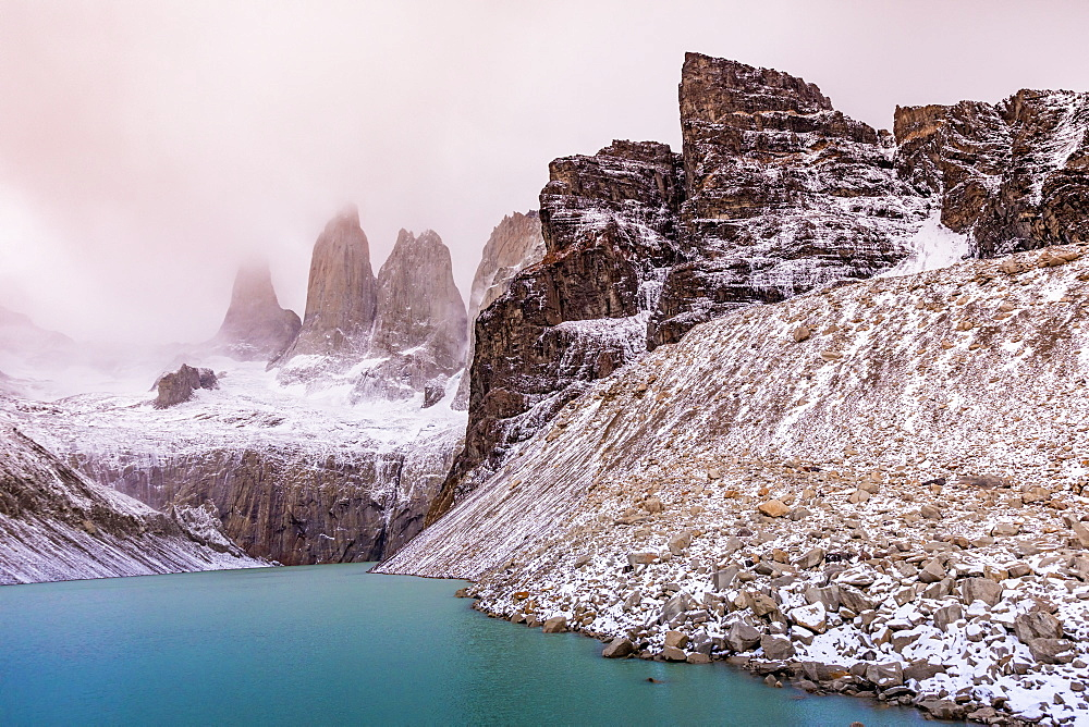 Stunning scenery of Glacial Lakes in Patagonia