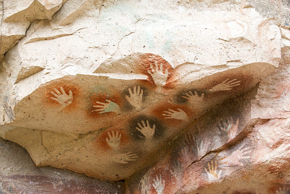 Cueva de las Manos (Cave of Hands), UNESCO World Heritage Site, a cave or series of caves located in the province of Santa Cruz, 163 km south of the town of Perito Moreno, Patagonia, Argentina, South America
