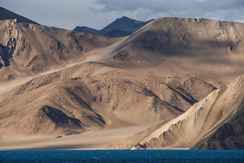 Pangong lake in Ladakh at a height of about 4350m (14270ft), 134 km (83 miles) long and extends from India to Tibet, Ladakh, India, Asia