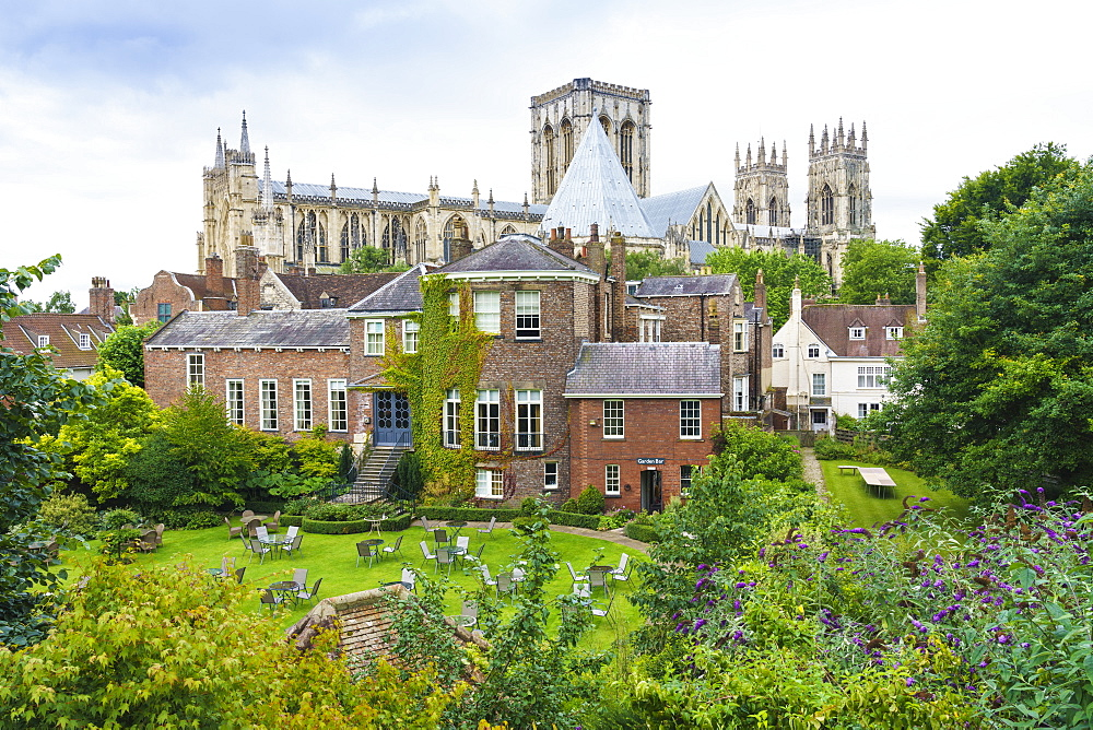 York Minster, Grays Court Hotel in foreground, York, North Yorkshire, England, United Kingdom, Europe