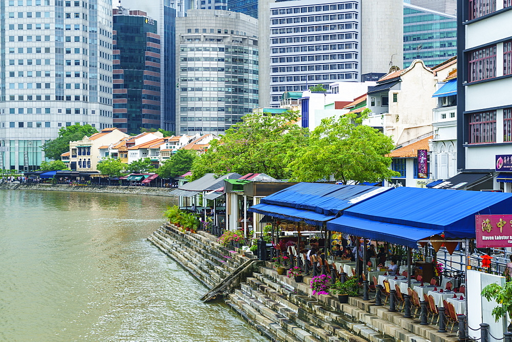 Quayside restaurants in Boat Quay, Singapore, Southeast Asia, Asia