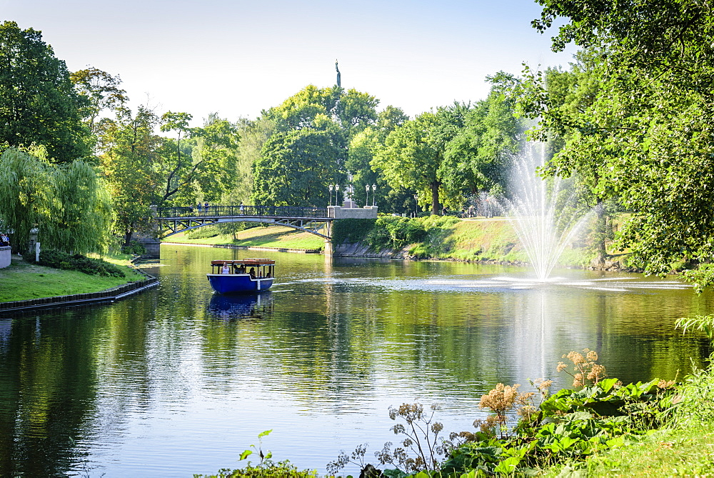 Pilsetas Canal, Batejkalna Parks, Riga, Latvia, Europe