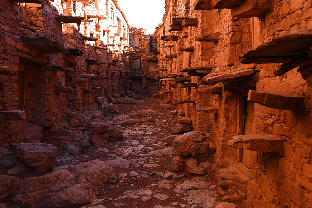Behind the walls of the Berber granary, Agadir Tashelhit, Anti-Atlas mountains, Morocco, North Africa, Africa