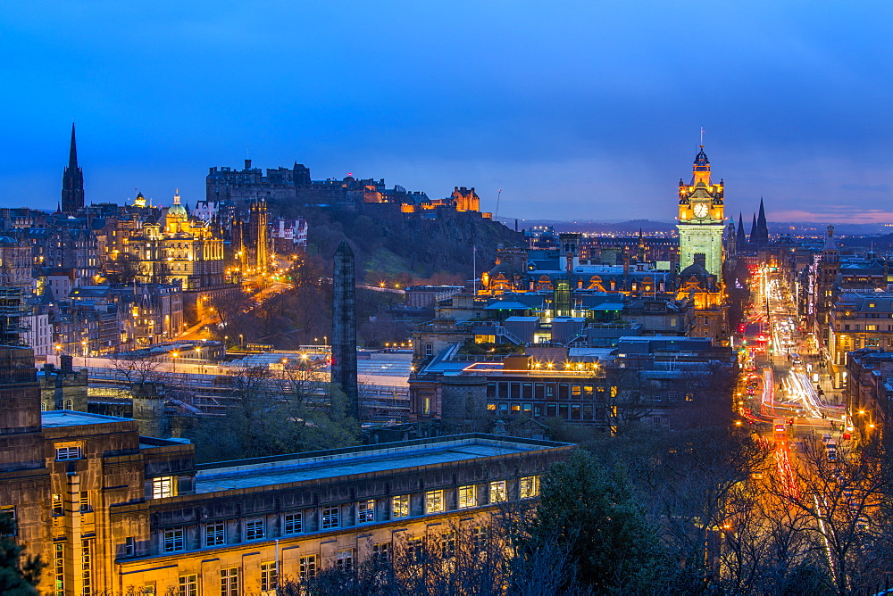 Panoramic view of Edinburgh, UNESCO World Heritage Site, Edinburgh, Scotland, United Kingdom, Europe