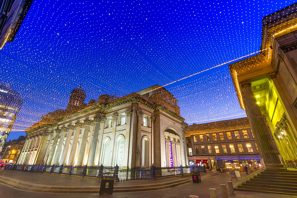 Royal Exchange Square at dusk, Gallery of Modern Art, Glasgow, Scotland, United Kingdom, Europe