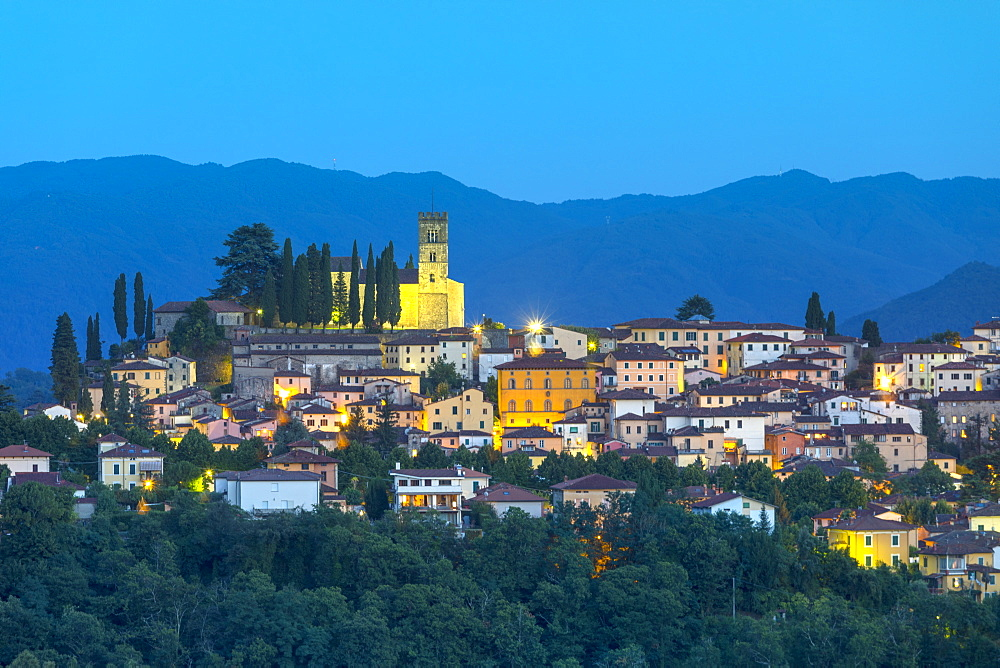 Barga at dusk, Tuscany, Italy, Europe