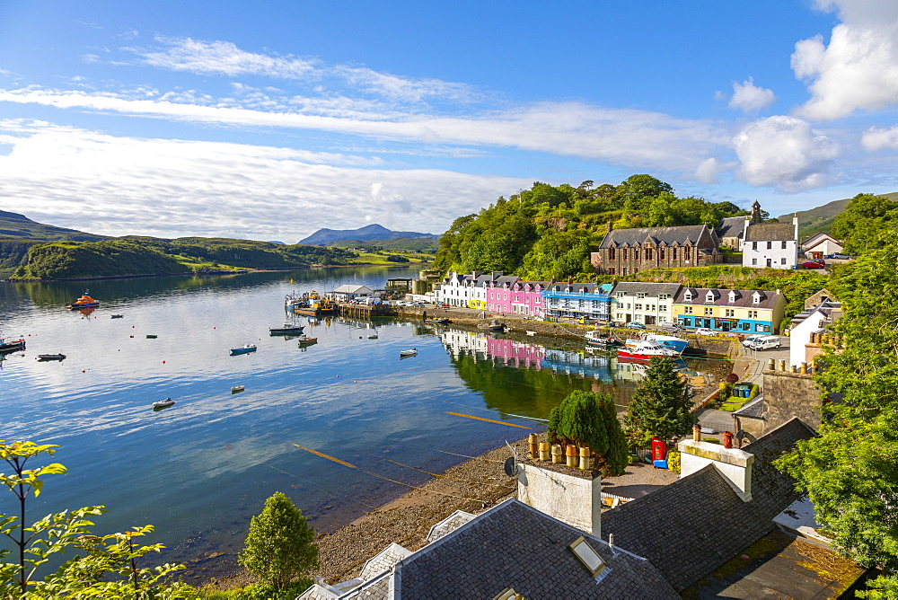 Portree Harbour, Isle of Skye, Inner Hebrides, Highlands and Islands, Scotland, United Kingdom, Europe - 1237-367