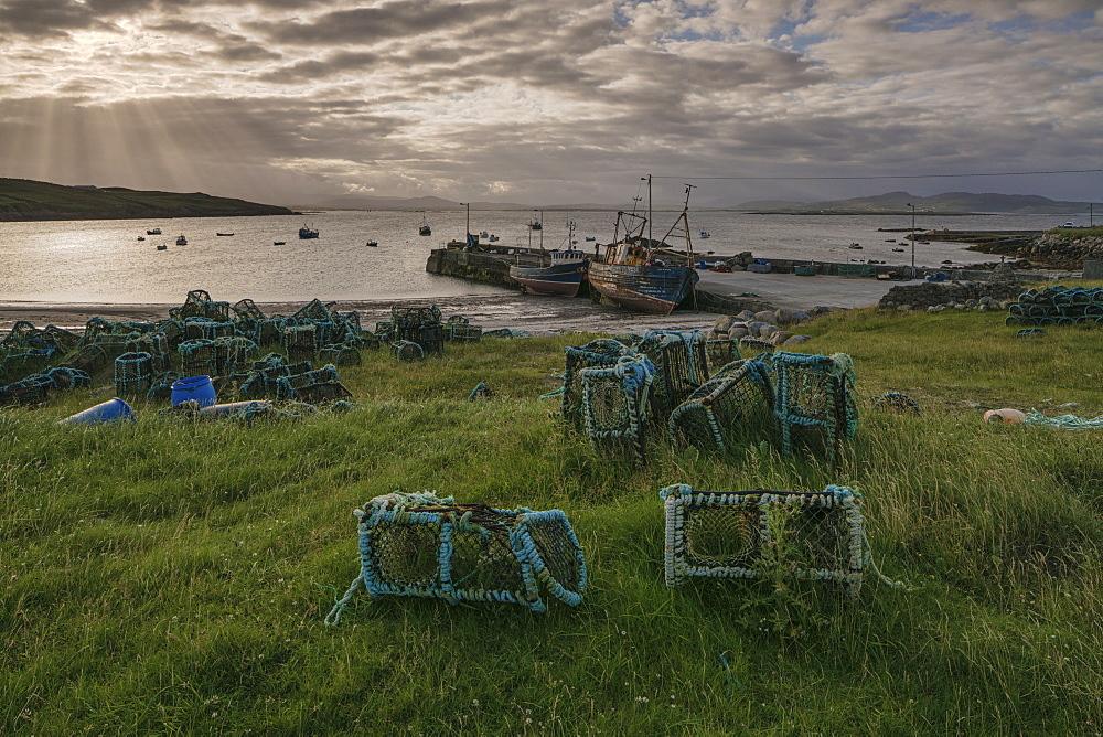 Rossillion Bay, Arranmore Island, County Donegal, Ulster, Republic of Ireland, Europe - 1240-245