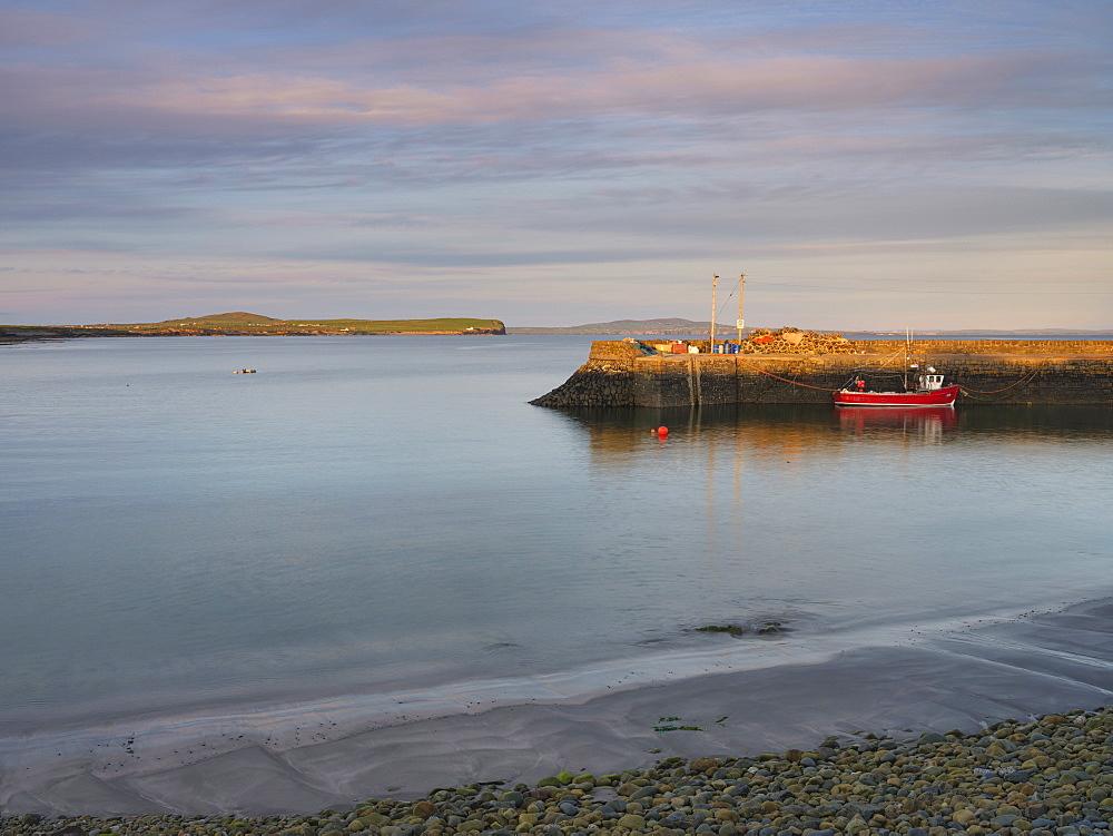 Kilbaha Bay, County Clare, Munster, Republic of Ireland, Europe - 1240-368