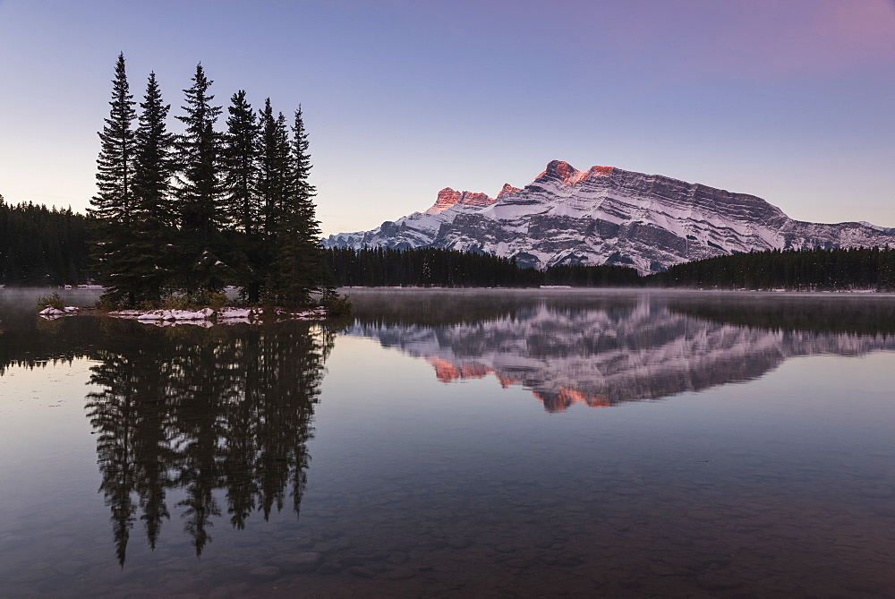 Two Jack Lake sunrise with Mount Rundle, Banff National Park, UNESCO World Heritage Site, Alberta, Canadian Rockies, Canada, North America - 1241-155