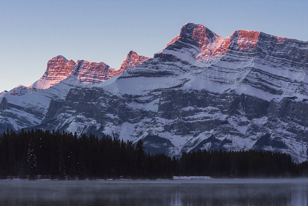 Two Jack Lake sunrise with Mount Rundle, Banff National Park, UNESCO World Heritage Site, Alberta, Canadian Rockies, Canada, North America - 1241-156