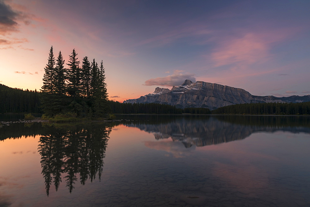 Sunrise at Two Jack Lake with Mount Rundle on the horizon, Banff National Park, UNESCO World Heritage Site, Alberta, Rocky Mountains, Canada, North America