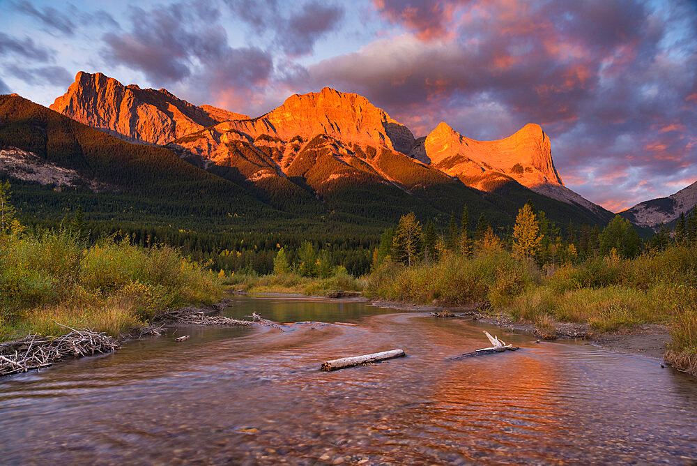 Sunrise and Alpenglow on Mount Lawrence Grassi and Ha Ling Peak in autumn, Canmore, Alberta, Canadian Rockies, Canada, North America - 1241-237