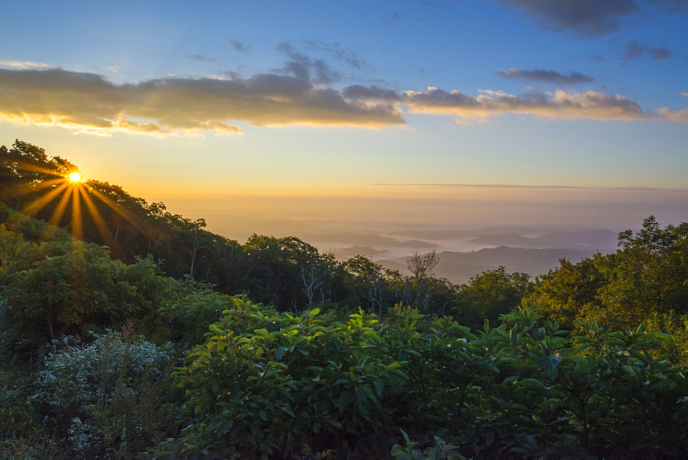 Sunrise over the Blue Ridge Mountains, North Carolina, United States of America, North America