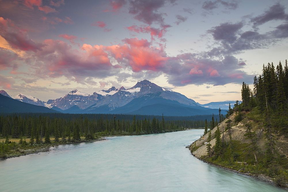 Sunrise and mountains, Saskatchewan River Crossing, Banff National Park, UNESCO World Heritage Site, Alberta, Rocky Mountains, Canada, North America - 1241-74