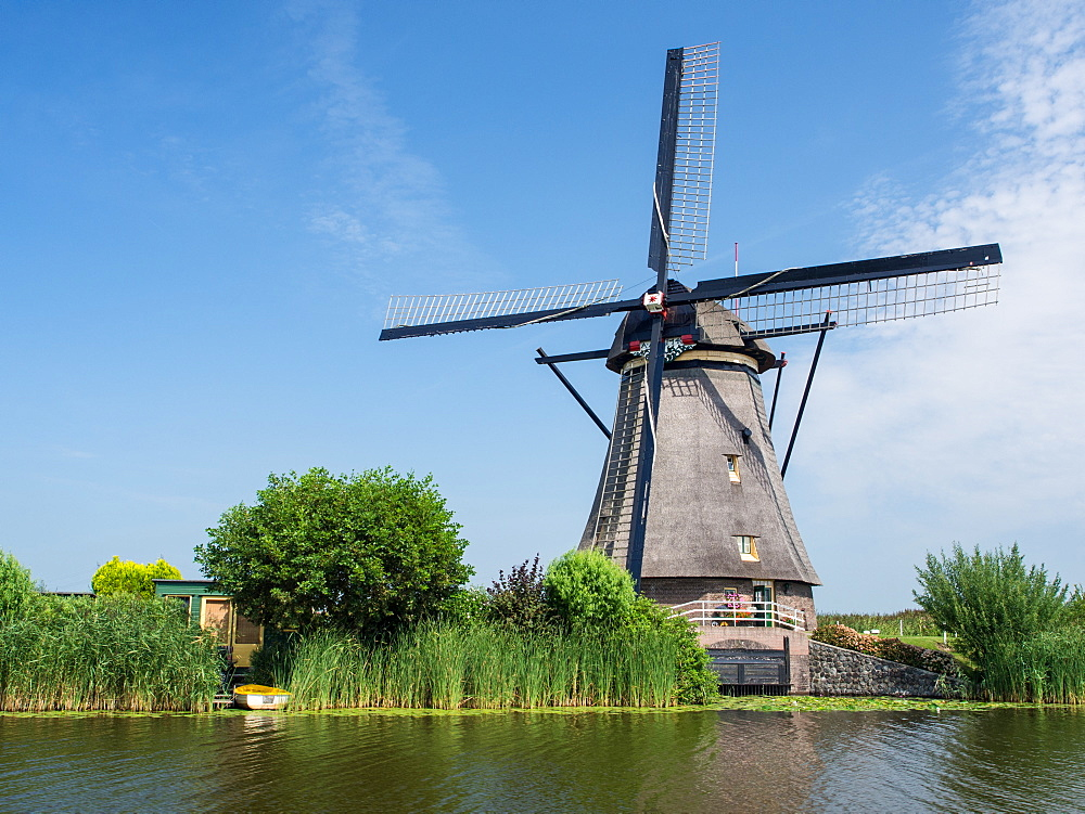 Windmill, Kinderdijk, UNESCO World Heritage Site, Netherlands, Europe