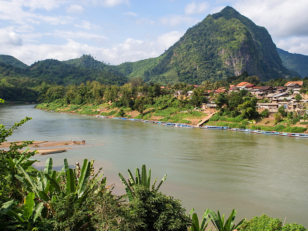 Village, river, and mountains, Nong Khiaw, Laos, Indochina, Southeast Asia, Asia - 1242-225