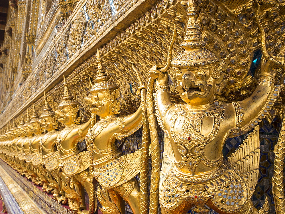 Garudas, Wat Phra Kaew (Temple of the Emerald Buddha), Grand Palace, Bangkok, Thailand, Southeast Asia, Asia