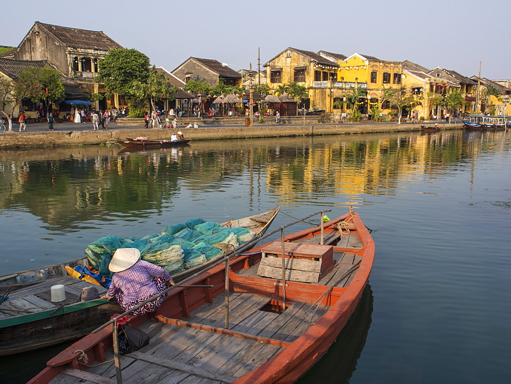 Boats and yellow houses along the river, Waterfront, Hoi An, Vietnam, Indochina, Southeast Asia, Asia - 1242-75