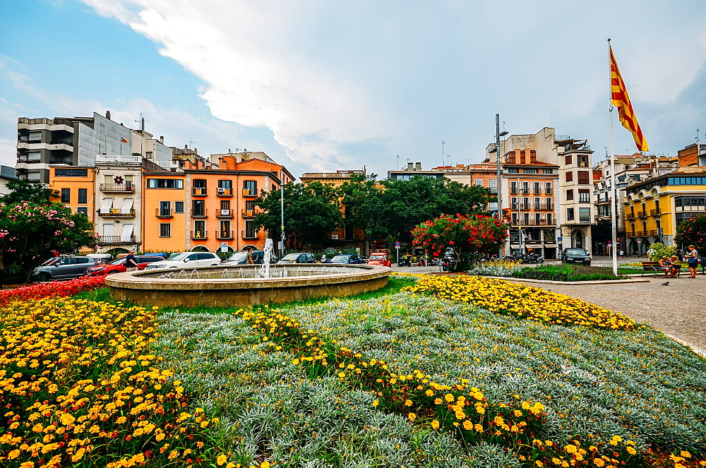 Placa de Catalunya in Girona, Catalonia, Spain, Europe - 1243-287