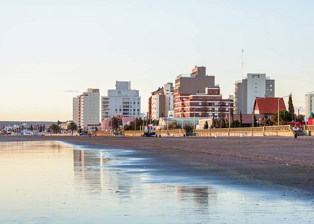 Beach in Puerto Madryn, The Welsh Settlement, Chubut Province, Patagonia, Argentina, South America - 1245-1136