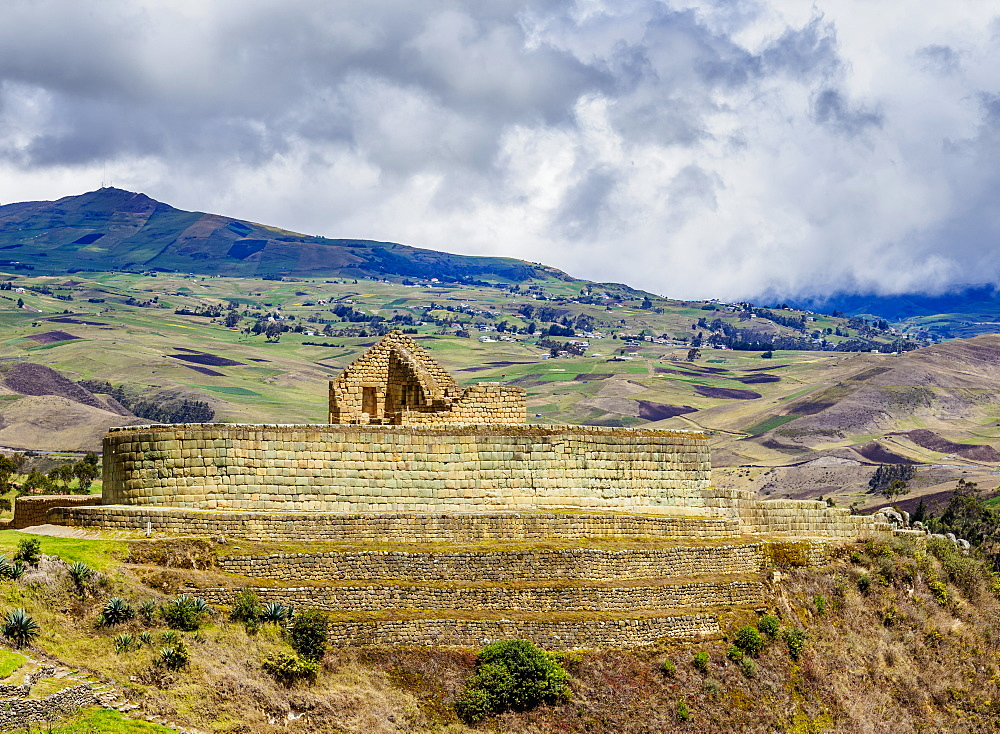 Temple of the Sun, Ingapirca Ruins, Ingapirca, Canar Province, Ecuador - 1245-1262