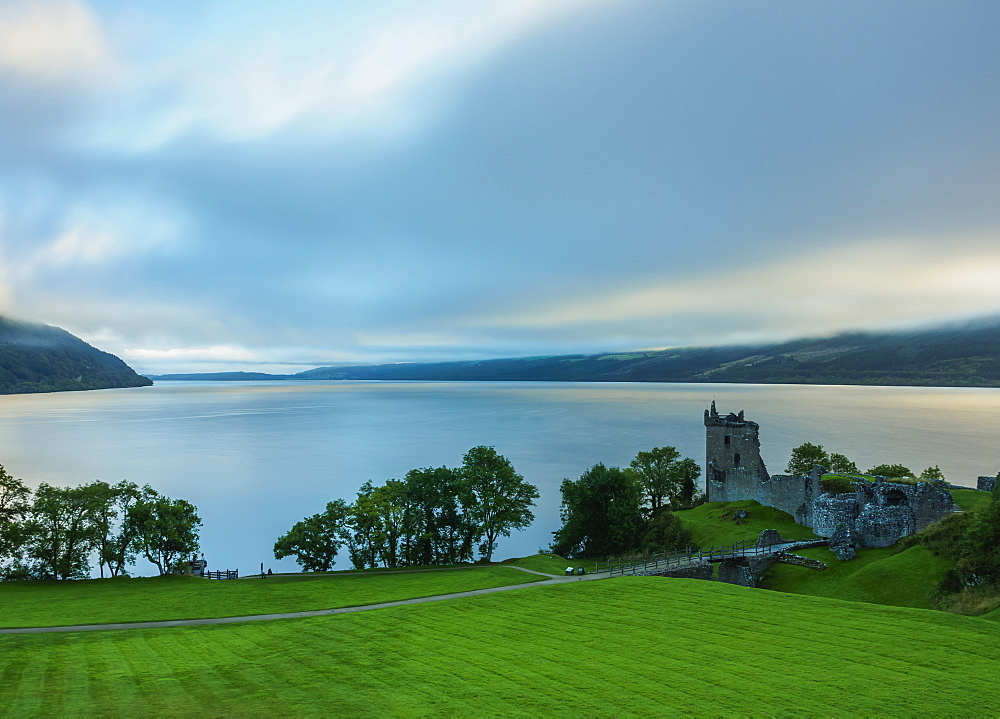 Urquhart Castle and Loch Ness, Highlands, Scotland, United Kingdom, Europe