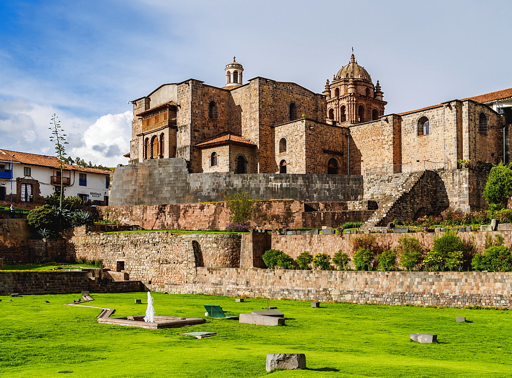 Qoricancha (Temple of the Sun) ruins and Santo Domingo Convent, UNESCO World Heritage Site, Cusco, Peru, South America