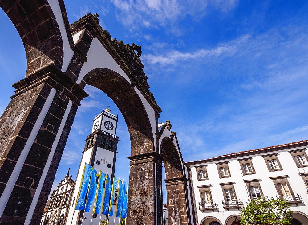 City Gates and Main Church, Ponta Delgada, Sao Miguel Island, Azores, Portugal, Atlantic, Europe
