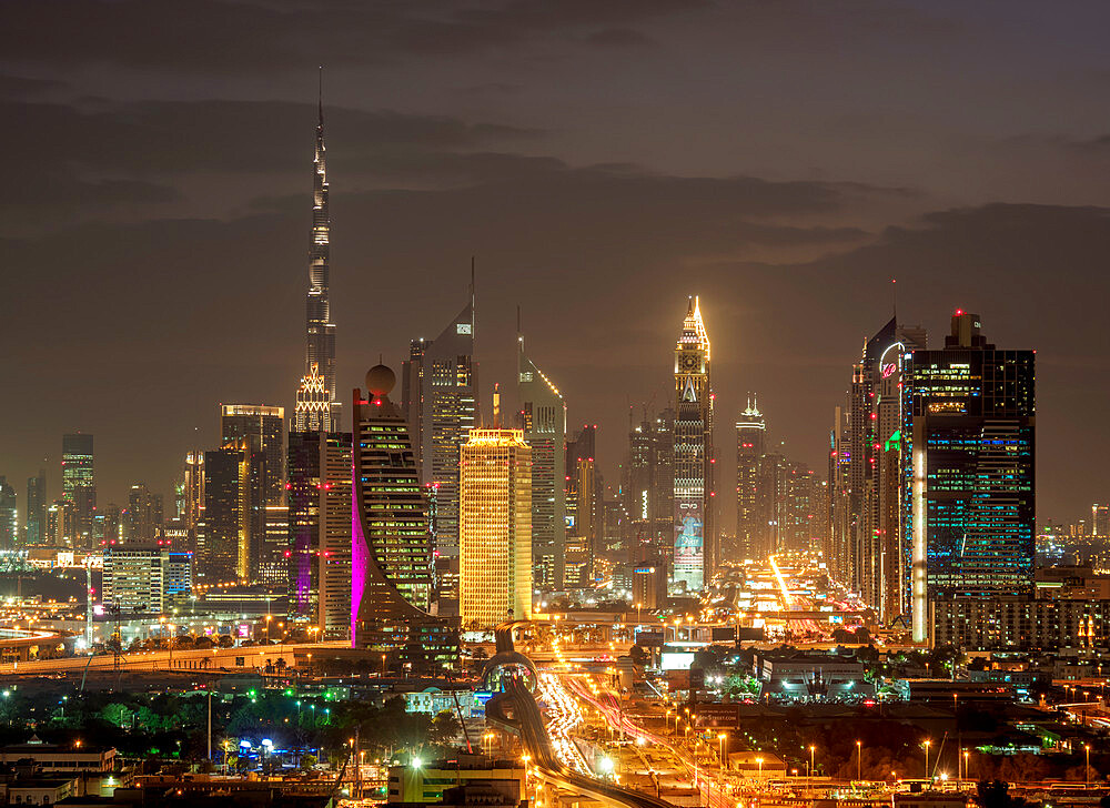 Financial Centre and Downtown at dusk, elevated view, Dubai, United Arab Emirates - 1245-960