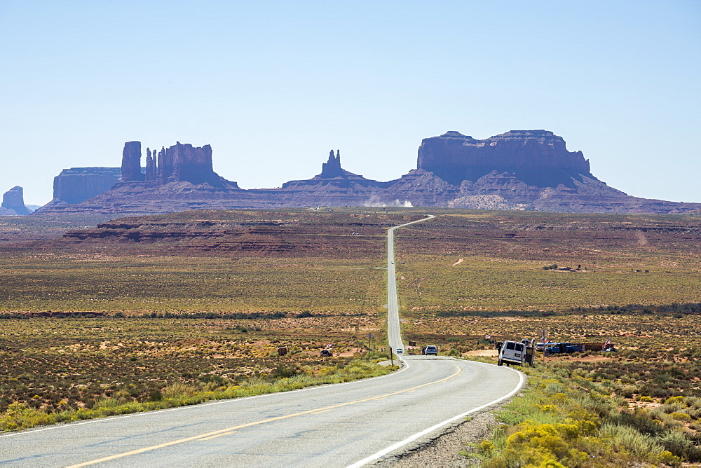 The road to Monument Valley, Navajo Tribal Park, Arizona, Usa.