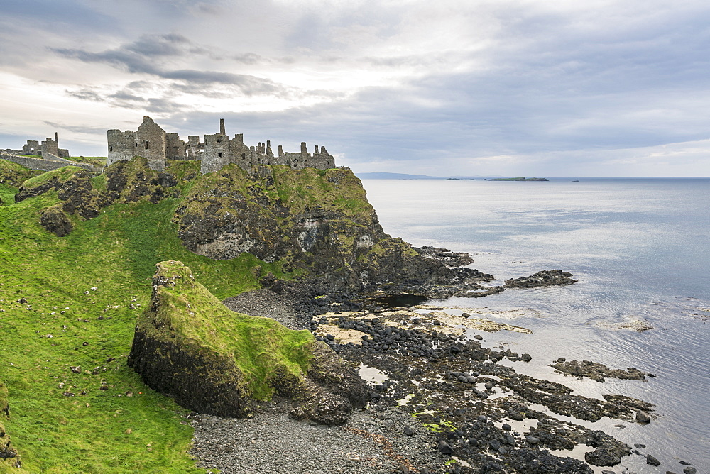 Dunluce Castle ruins, Bushmills, County Antrim, Ulster, Northern Ireland, United Kingdom, Europe