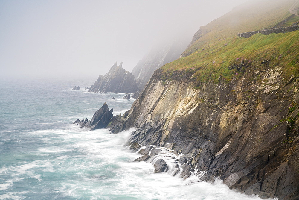 Slea Head, Dingle Peninsula, County Kerry, Munster region, Republic of Ireland, Europe.