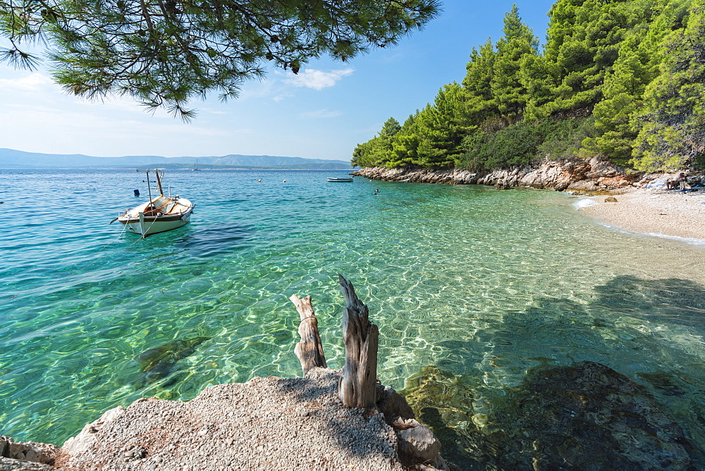 Boat at Dracheva beach, in summer, Murvica, Bol, Brac island, Split-Dalmatia county, Croatia, Europe - 1251-508