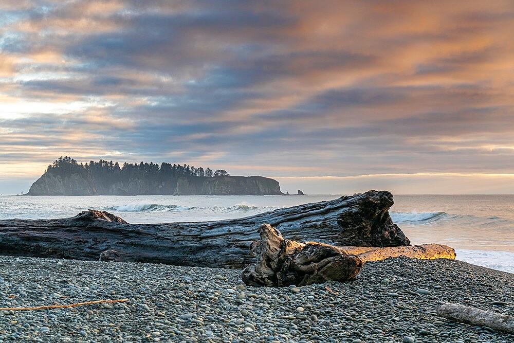 Sunset at Rialto Beach, La Push, Clallam county, Washington State, United States of America, North America - 1251-560