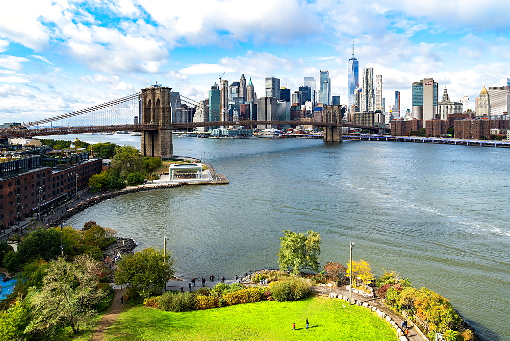 Brooklyn's Main Street Park, the East River, Brooklyn Bridge and Lower Manhattan, New York, United States of America, North America