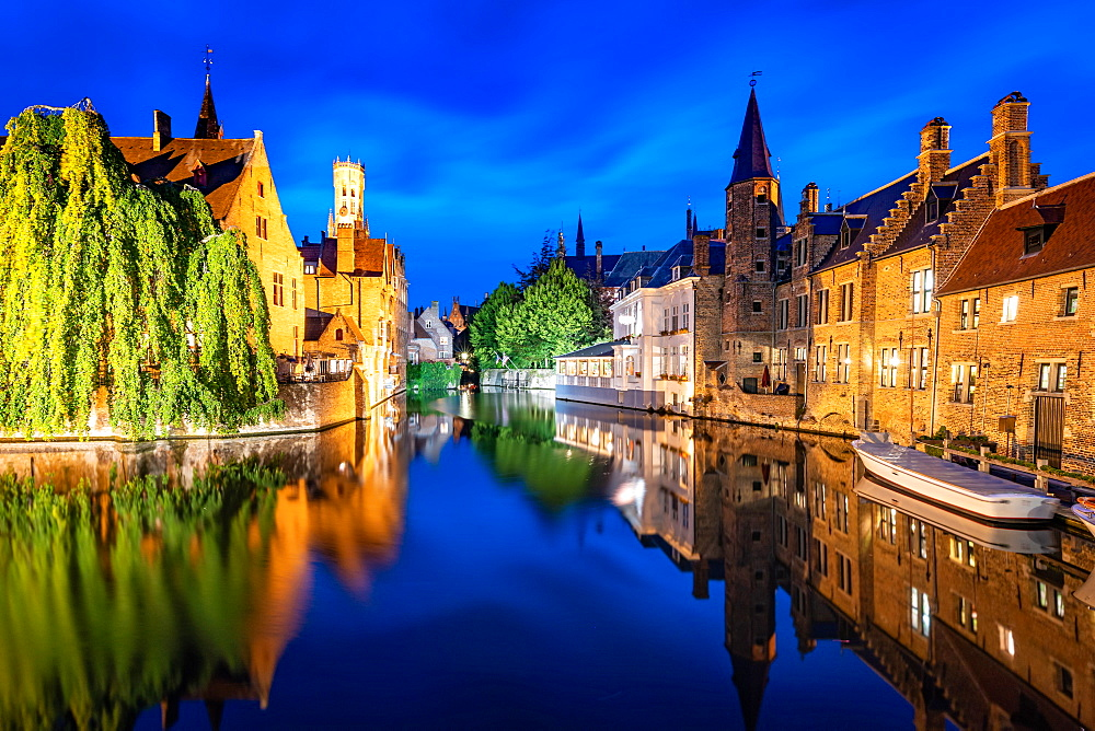 The beautiful buildings of Bruges reflected in the still waters of the canal, UNESCO World Heritage Site, Bruges, Belgium, Europe - 1263-155