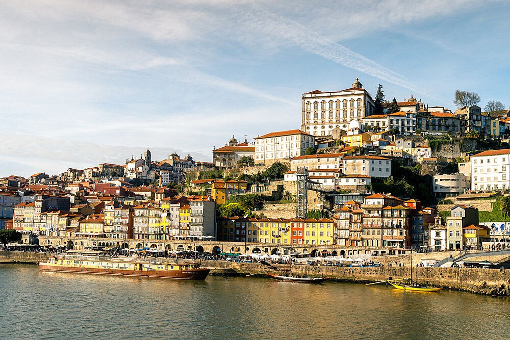 The district of Ribeira on the Porto side of the River Douro, UNESCO World Heritage Site, Porto, Portugal, Europe