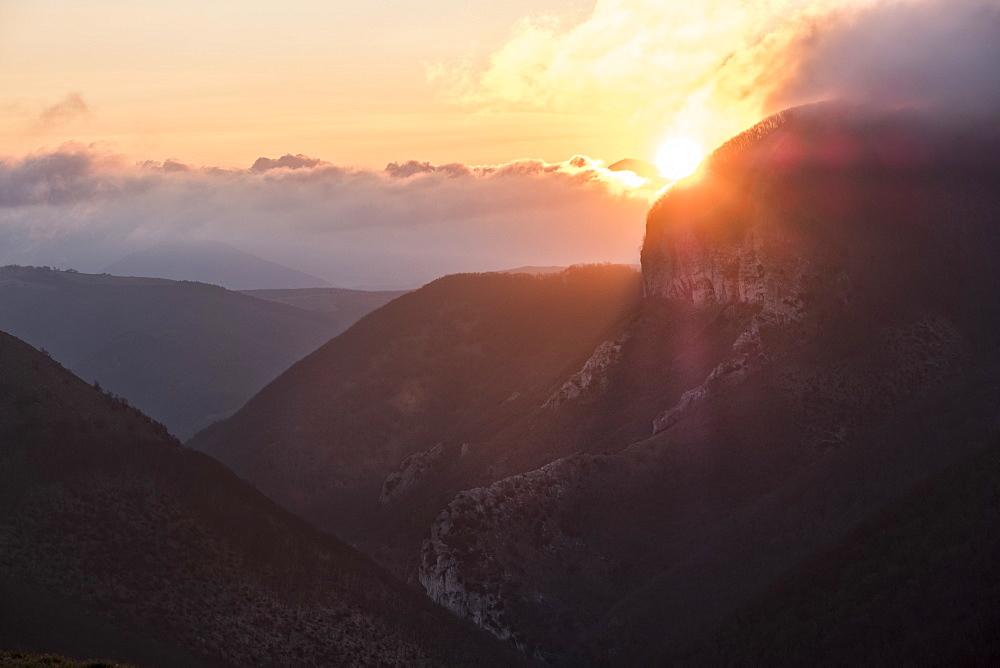 Italy, Umbria, Apennines, Sunrise on Monte Cucco in Winter