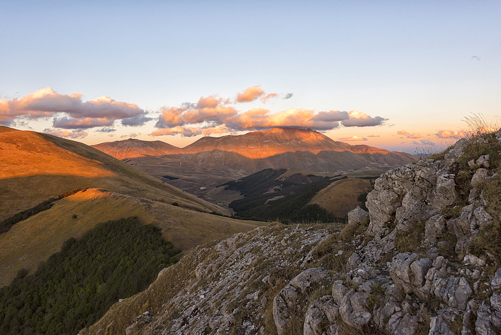 Mount Vettore at sunset, Sibillini Park, Umbria, Italy, Europe - 1264-123