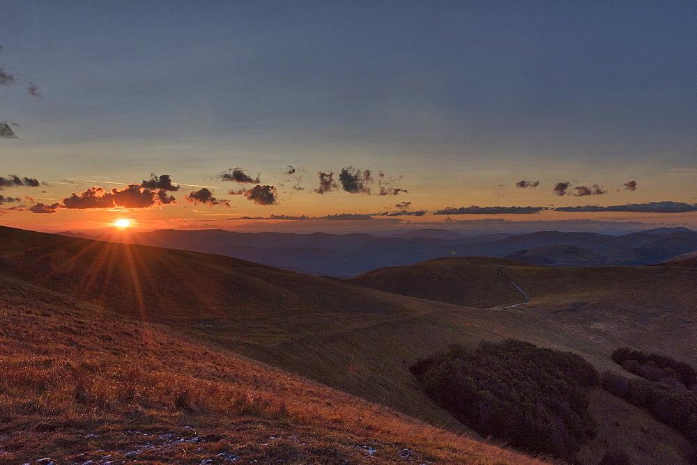 Hills in autumn at sunset, Sibillini Park, Umbria, Italy, Europe - 1264-124