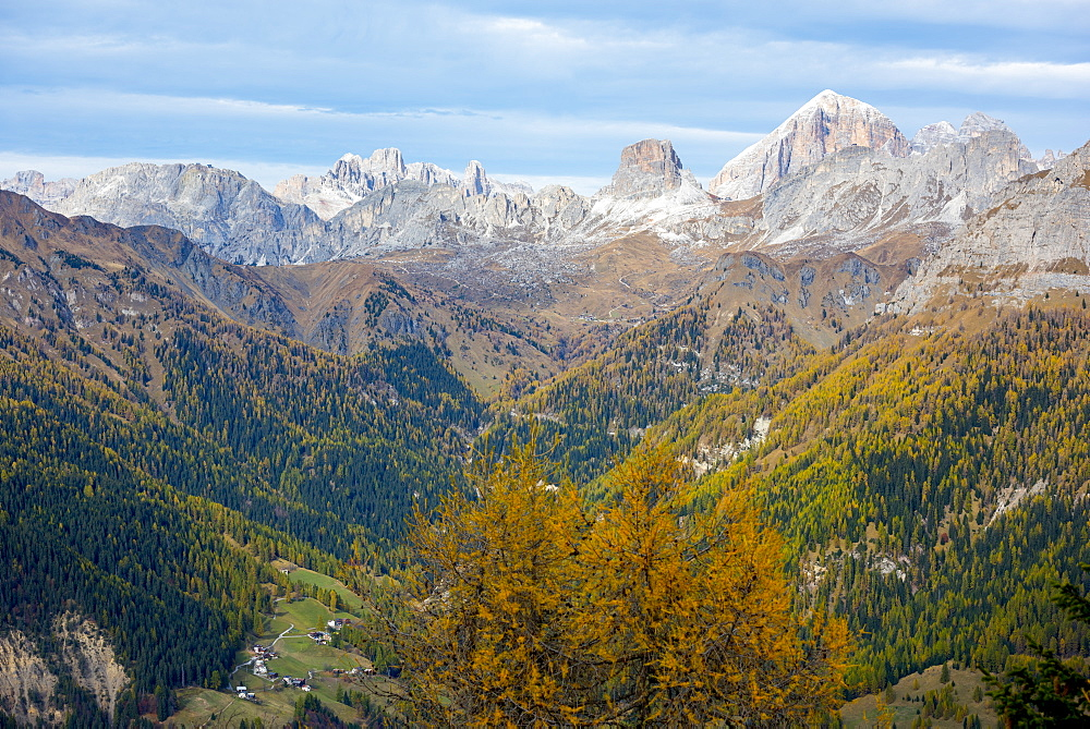 Giau Pass area in autumn, Dolomites, Veneto, Italy, Europe - 1264-143