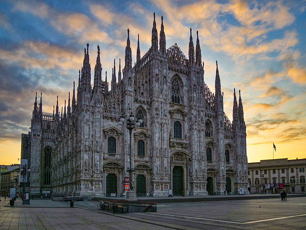 St. Mary of Nativity Cathedral (Duomo) at sunrise, Milan, Lombardy, Italy, Europe