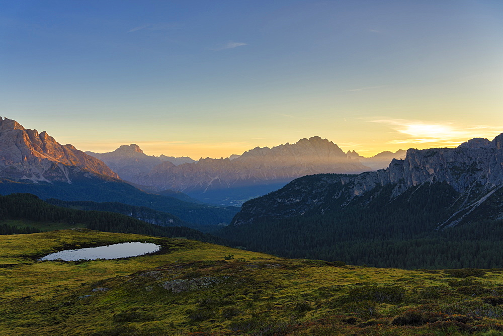 Italy, Veneto, Dolomites, Giau Pass, Croda del Becco, and Cristallo at sunrise - 1264-250